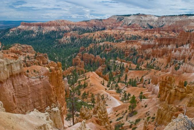 HIking at Bryce Canyon Utah